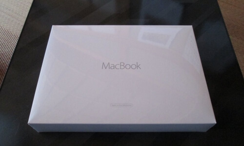 MacBook Retina 2015の箱
