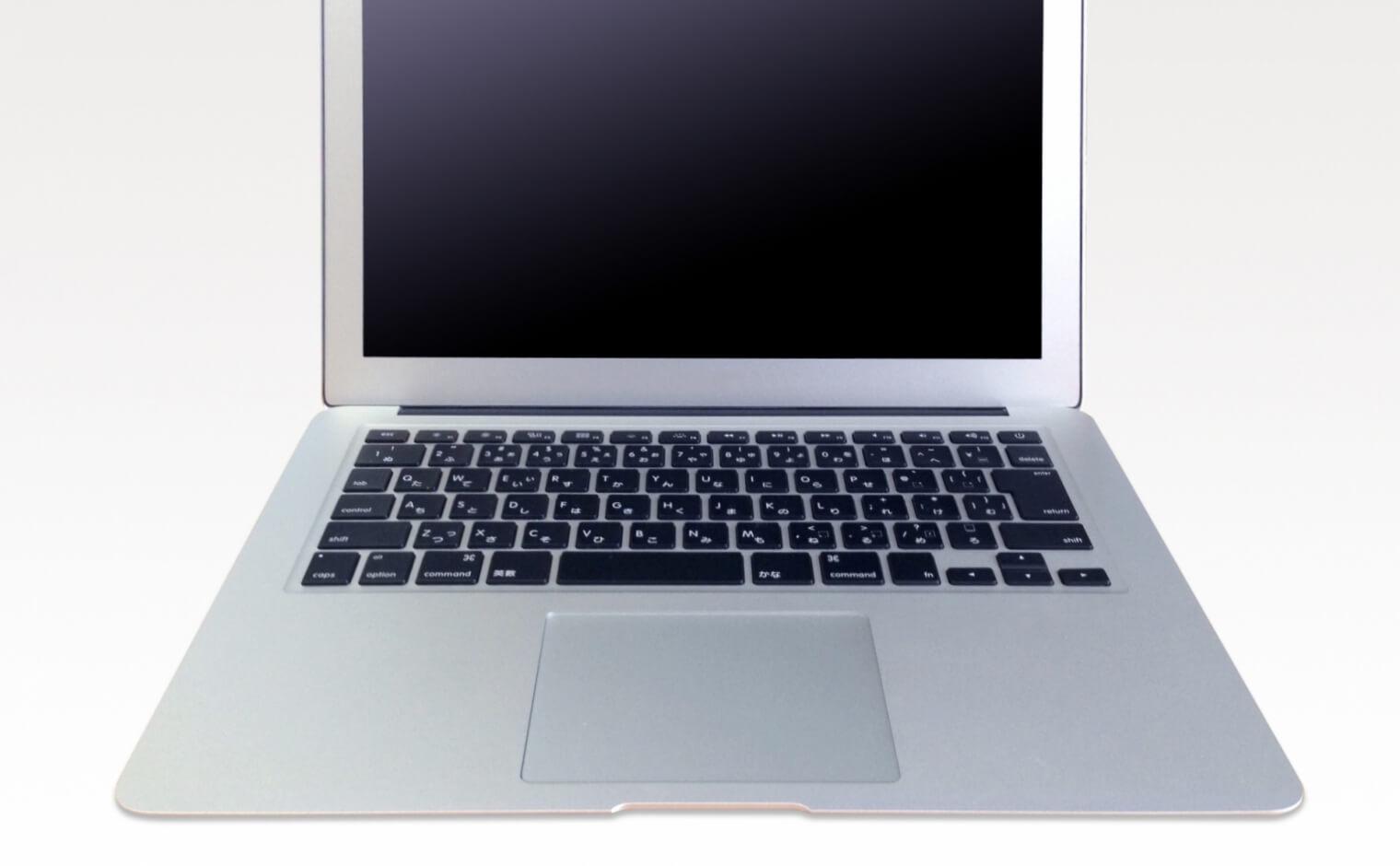 MacBook Airの脚のがたつき