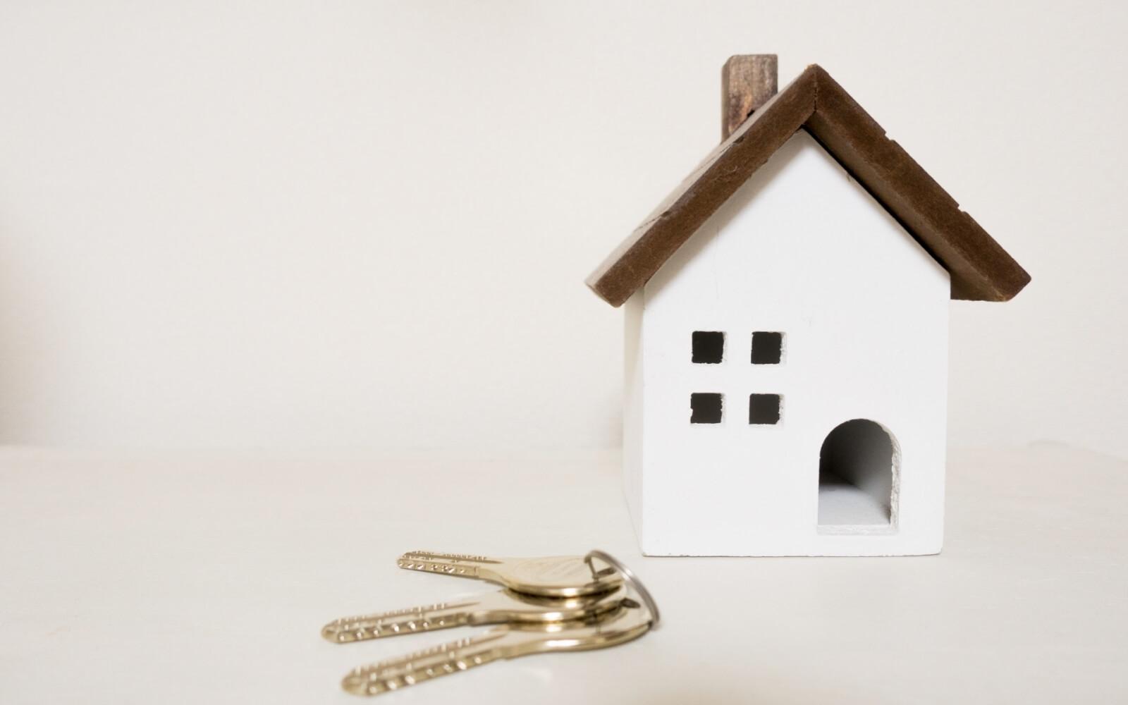 賃貸住宅の鍵交換費用は入居者負担が当たり前!?
